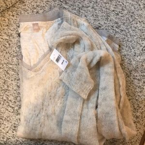Anthropologie sweater! Brand new size small!